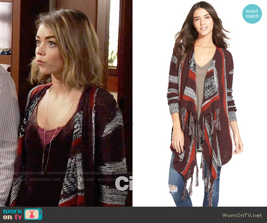 Sun & Shadow Intarsia Stripe Blanket Cardigan worn by Haley Dunphy on Modern Family
