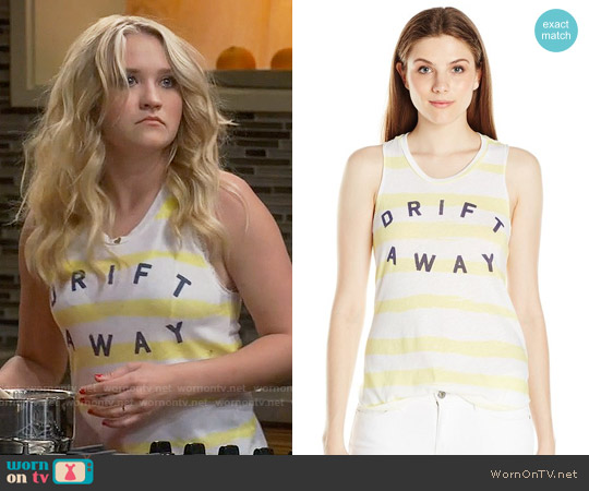 Sundry Drift Away Tank worn by Emily Osment on Young & Hungry