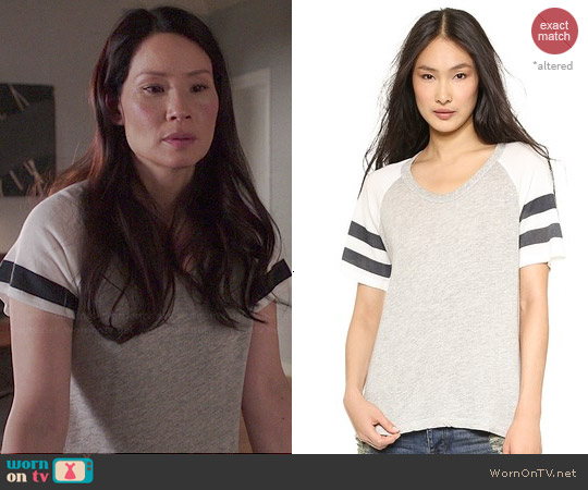 Sundry Raglan Tee worn by Lucy Liu on Elementary