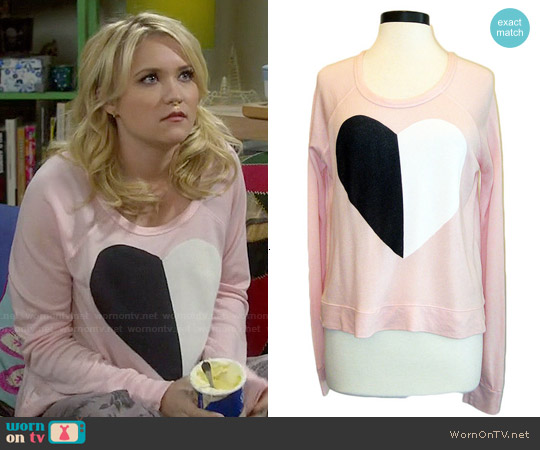 Sundry Split Heart Pullover worn by Emily Osment on Young & Hungry