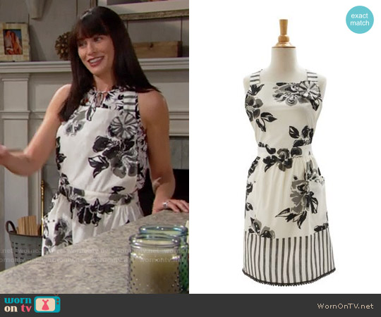 Sur La Table Floral Striped Vintage Inspired Kitchen Apron worn by Rena Sofer on The Bold & the Beautiful