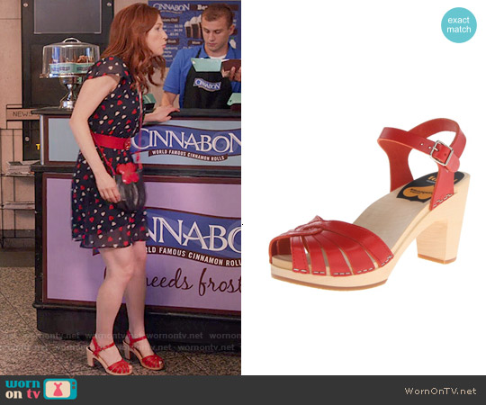 Swedish Hasbeens Fredrica Sandals in Red worn by Kimmy Schmidt on Unbreakable Kimmy Schmidt
