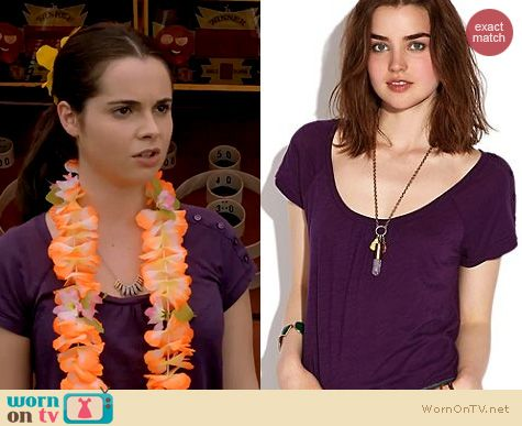 Switched at Birth Fashion: Lucky Brand Alanna Top in Blackberry Cordial worn by Vanessa Marano