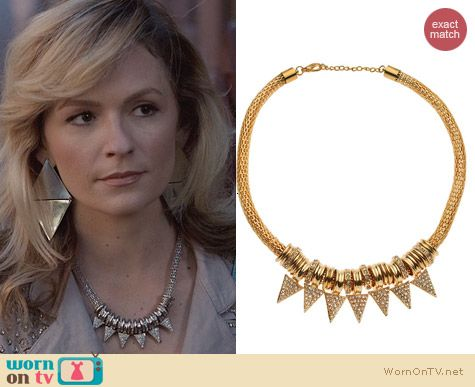 T&J Designs Pave Triangle Necklace worn by Lindsey Gort on The Carrie Diaries