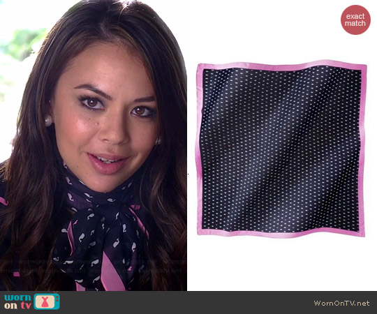 Target Merona Whale Scarf worn by Janel Parrish on PLL