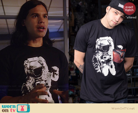 Taste Makers Jump Off Tee worn by Carlos Valdes on The Flash