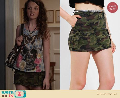TCD Fashion: Tripp NYC Camo Cargo Skirt from Urban Outfitters worn by Dorrit Bradshaw