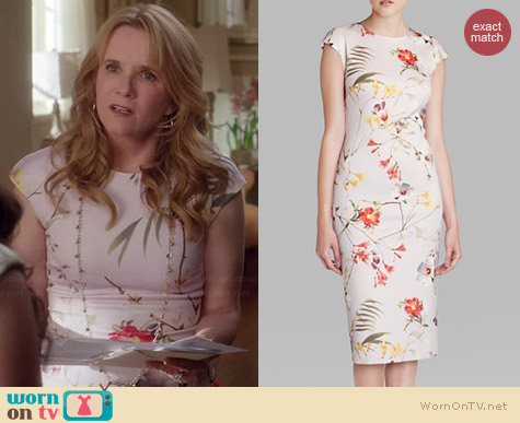 Ted Baker Masi Dress worn by Lea Thompson on Switched at Birth