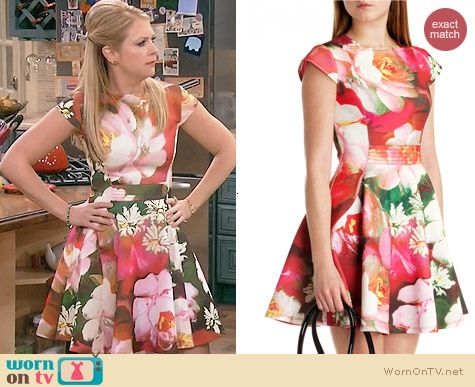 Ted Baker Roziey Dress worn by Melissa Joan Hart on Melissa & Joey
