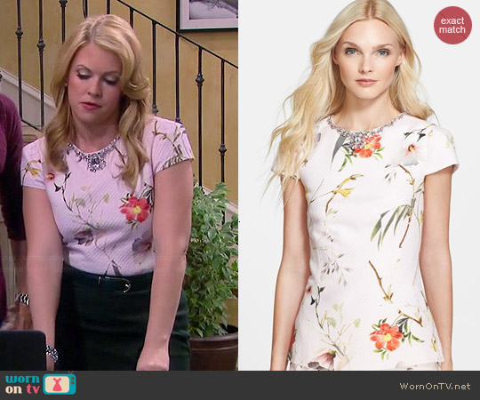 Ted Baker Xana Top worn by Melissa Joan Hart on Melissa & Joey