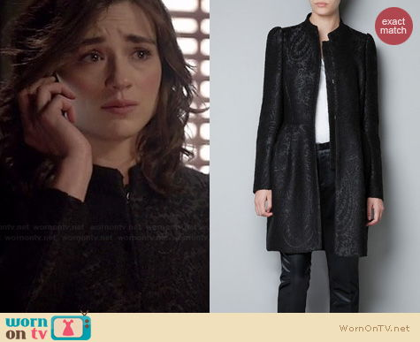 Teen Wolf Fashion: Zara Jacquard coat with gathered waist worn by Crystal Reed