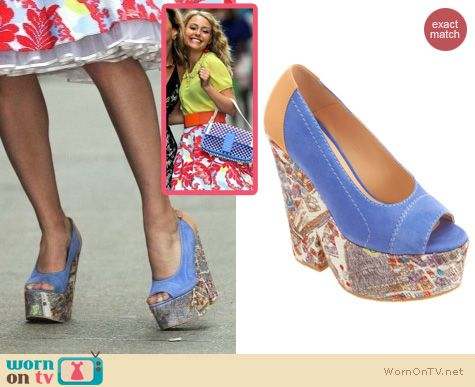 The Carrie Diaries Shoes: Carven Engraved Paris Wedges worn by AnnaSophia Robb