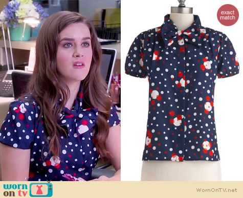 The Mindy Project Fashion: ModCloth Hire Expectations Top worn by Zoe Jarman