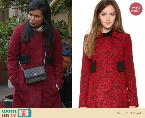 The Mindy Project Fashion: Smythe Tapestry Coat worn by Mindy Kaling