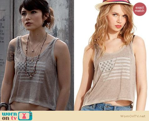 The Originals Fashion: Jessica Simpson Flag print Crop Top worn by Daniella Pineda