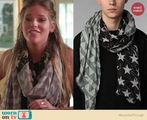 The Vineyard Fashion: UO Americana Scarf worn by Cat Todd