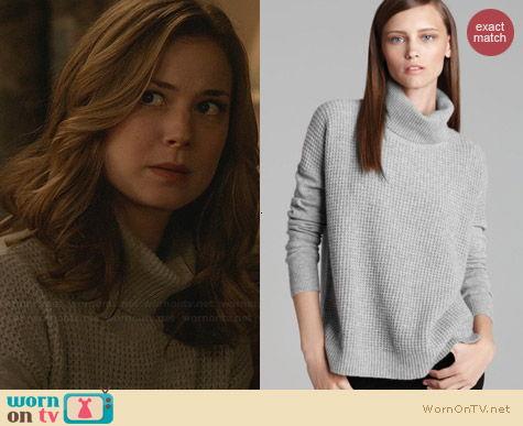 worn by Emily Thorne / Amanda Clarke (Emily VanCamp) on Revenge