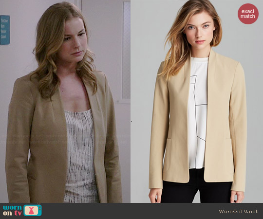 Theory Kacela Blazer worn by Emily VanCamp on Revenge