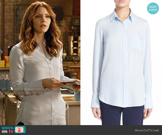 Theory Nijee Silk Shirt in Classic Blue worn by Katharine McPhee on Scorpion