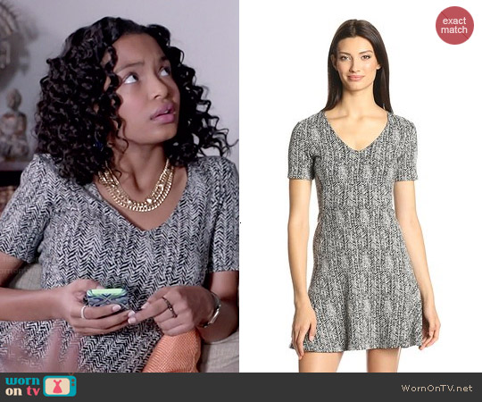 Theory Nikay Parcel Tweed Dress worn by Yara Shahidi on Blackish