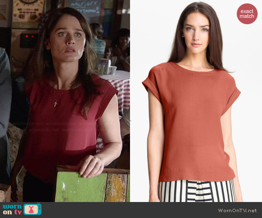 Theory Sorcha Top worn by Robin Tunney on The Mentalist