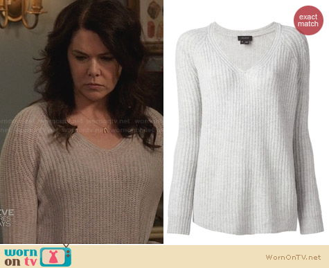 Theory V Neck Sweater worn by Lauren Graham on Parenthood