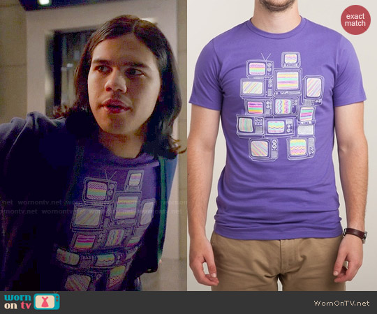 Threadless Interference Tee worn by Carlos Valdes on The Flash
