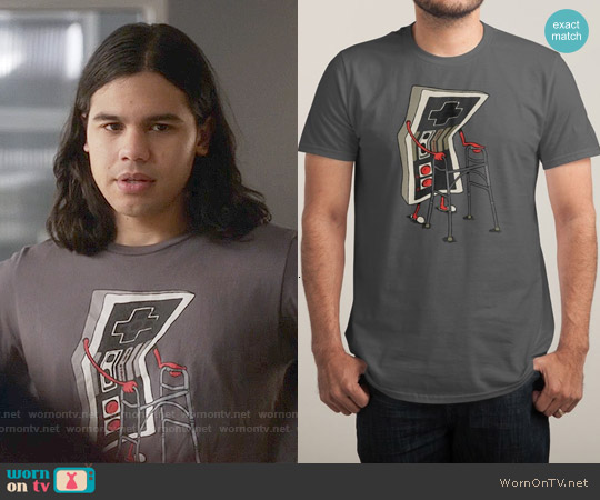 Threadless Old Gamer T-shirt worn by Carlos Valdes on The Flash