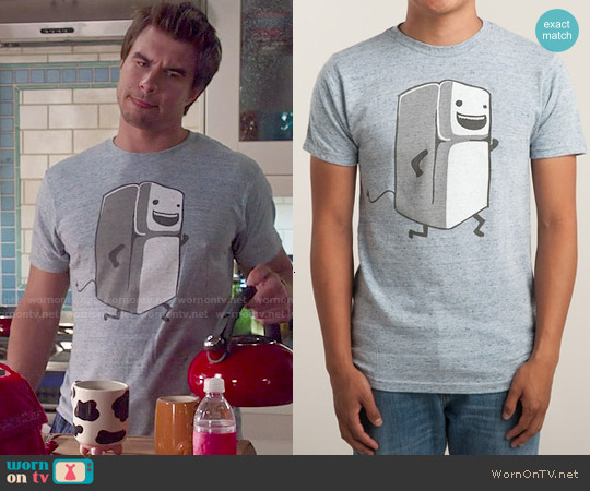 Threadless Refrigerator Running Tee worn by Rob Mayes on Mistresses