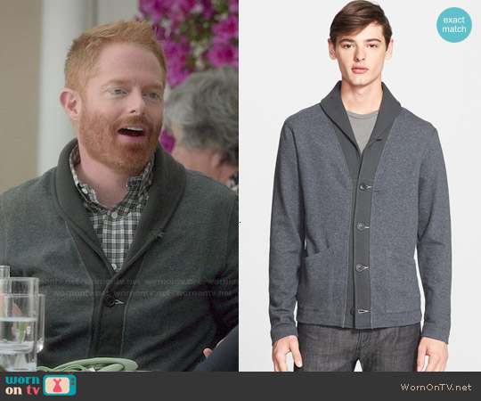 Todd Snyder Contrast Shawl Collar Cardigan worn by Jesse Tyler Ferguson on Modern Family