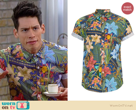 Topman Tropical Print Short Sleeve Shirt worn by Miguel Pinzon on Mystery Girls