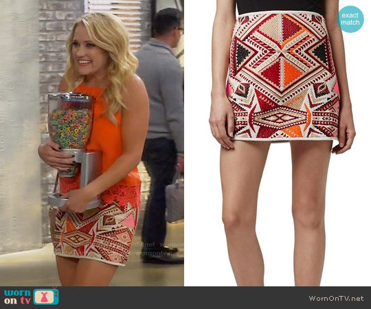 Topshop 'Desert Traveller' Jacquard Miniskirt worn by Gabi Diamond on Young & Hungry