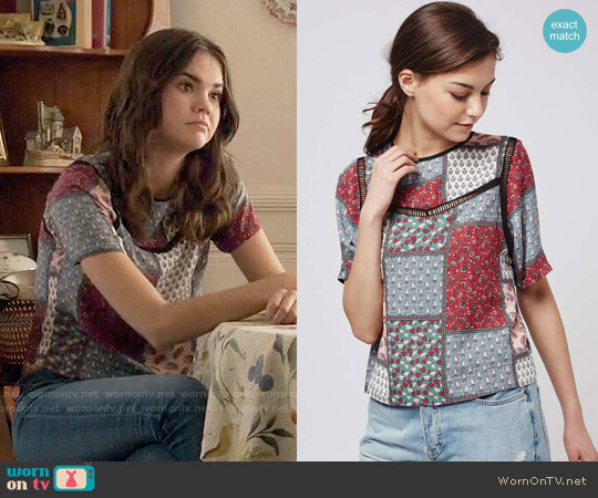 Topshop Ladder Stitch Scarf Print Tee worn by Maia Mitchell on The Fosters