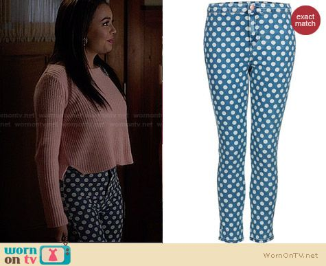 Topshop Moto Vintage Spot Joni Jeans worn by Janel Parrish on PLL