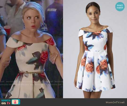 Topshop Bardot Digital Floral Dress worn by Bailey Buntain on Faking It