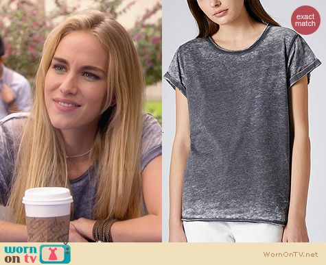 Topshop Burnout Tee worn by Elizabeth Whitson on Awkward