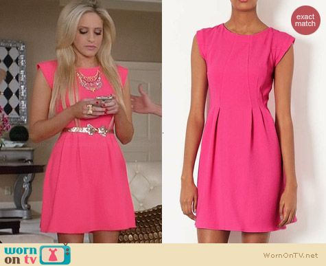 Topshop Crepe Flippy Dress worn by Carly Chaikin on Suburgatory