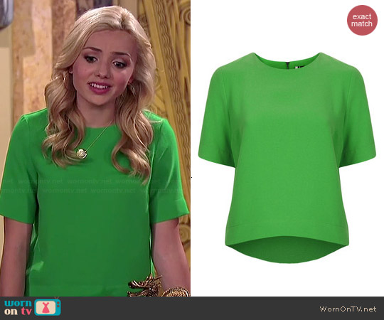 Topshop Crepe Shaped Hem Tee worn by Peyton List on Jessie