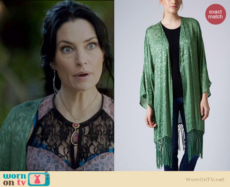 Topshop Floral Jacquard Kimono worn by Madchen Amick on Witches of East End