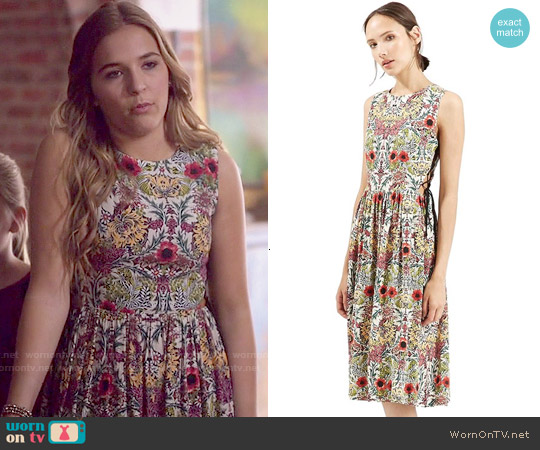 Topshop Garden Lace-Up Midi Dress worn by Lennon Stella on Nashville