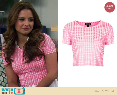 Topshop Gingham Jacquard Tee worn by Aimee Carrero on Young & Hungry