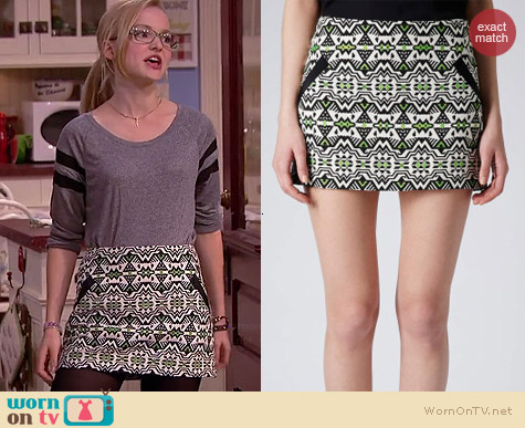 Topshop Jacquard Pelmet Skirt worn by Dove Cameron on Liv & Maddie