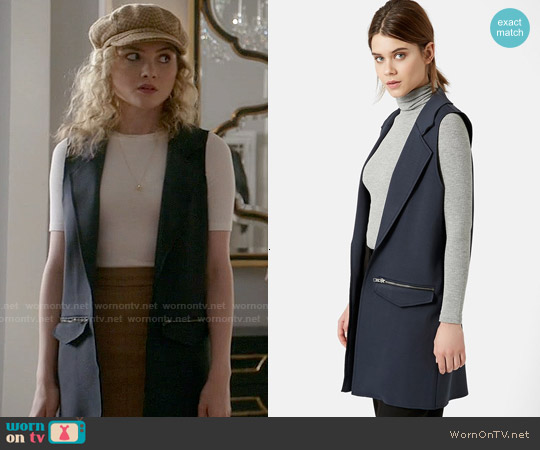 Topshop Long Utility Vest worn by Skyler Samuels on Scream Queens
