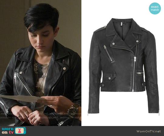 Topshop Luxe Leather Biker Jacket worn by Bex Taylor-Klaus on Scream