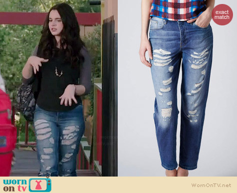 Topshop Moto Super Ripped Hayden Boyfriend Jeans worn by Vanessa Marano on Switched at Birth
