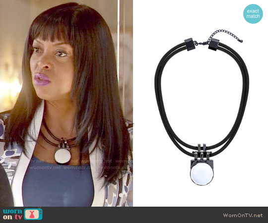 Topshop Premium Circle Leather Necklace worn by Cookie Lyon on Empire