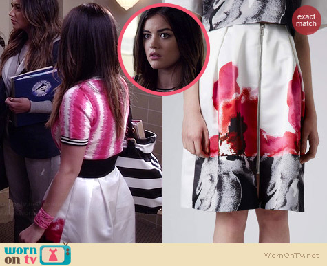 Topshop Satin Placement Floral Skirt worn by Lucy Hale on PLL