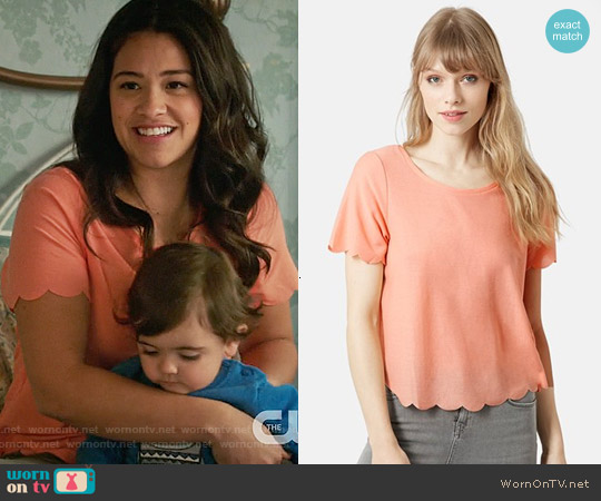 Topshop Scallop Frill Tee worn by Gina Rodriguez on Jane the Virgin