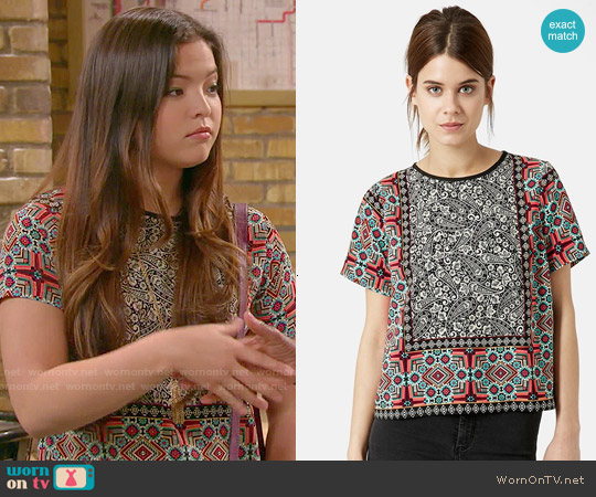 Topshop Scarf Print Top worn by Piper Curda on IDDI