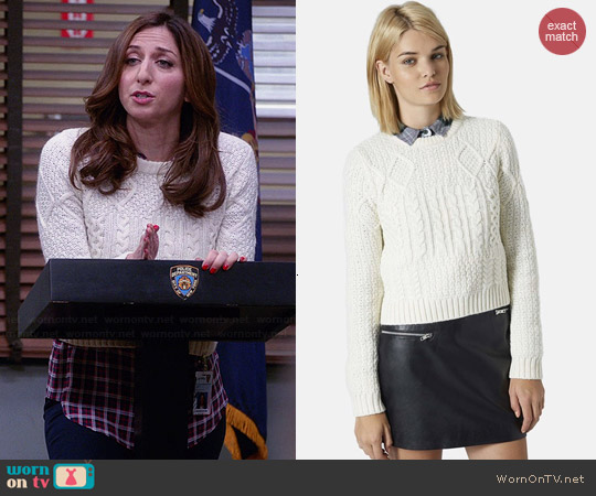 Topshop Shrunken Cable Top worn by Chelsea Peretti on Brooklyn Nine-Nine